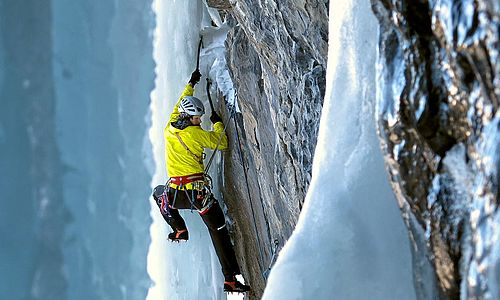 mixed, dry and multi-pitch - ice climbing level 4